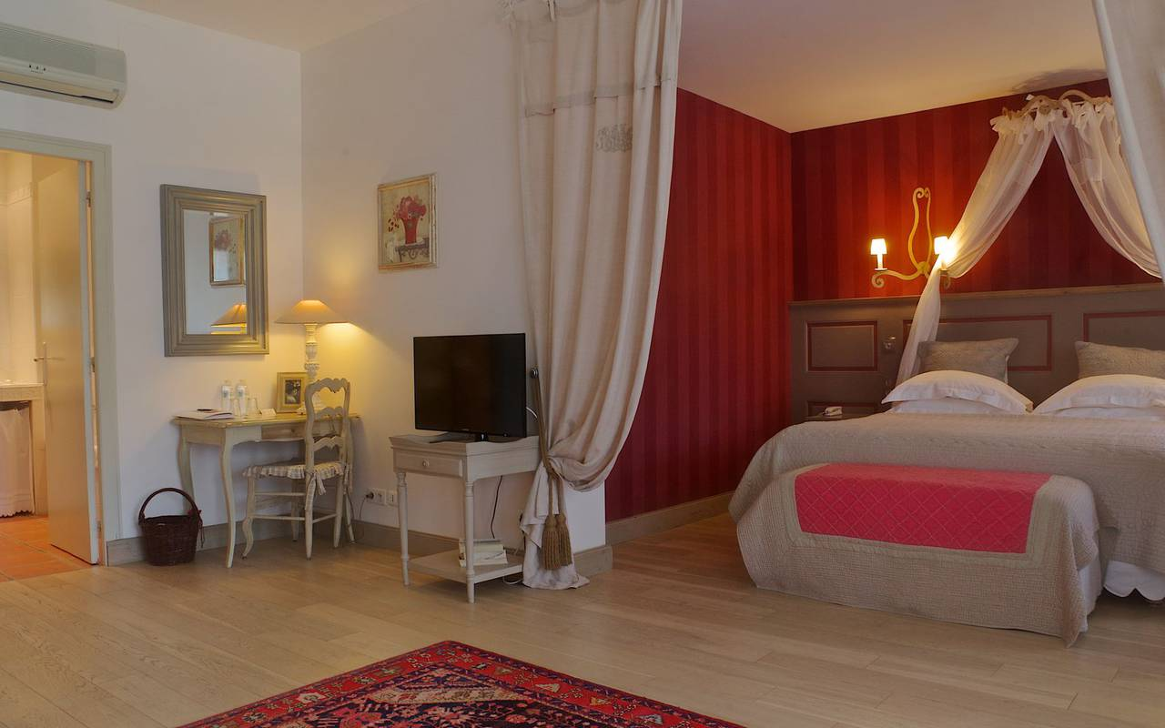 spacious elegant room dordogne accommodation