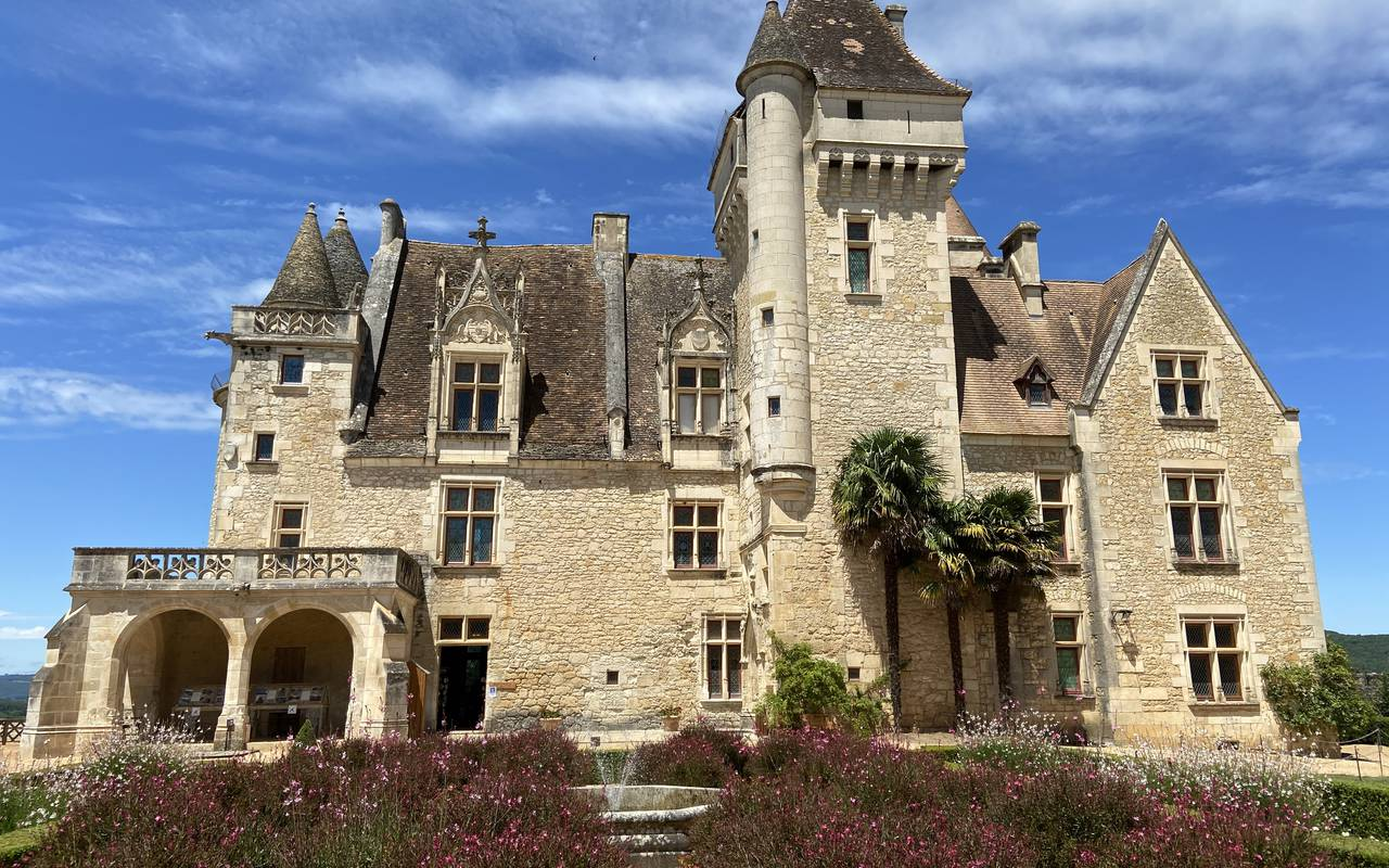 castle near our accomodation in Dordogne, Hotel Les Glycines