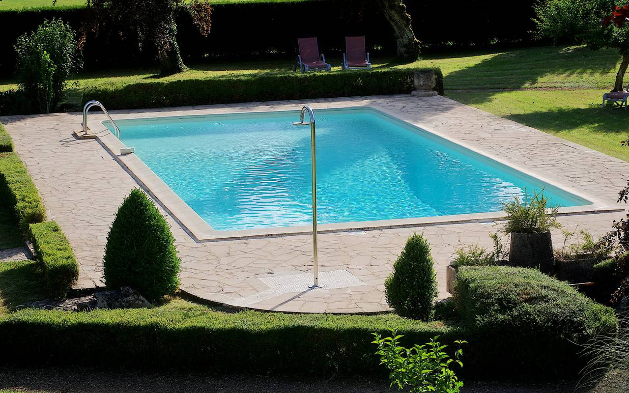 swimming pool luxury hotel perigord
