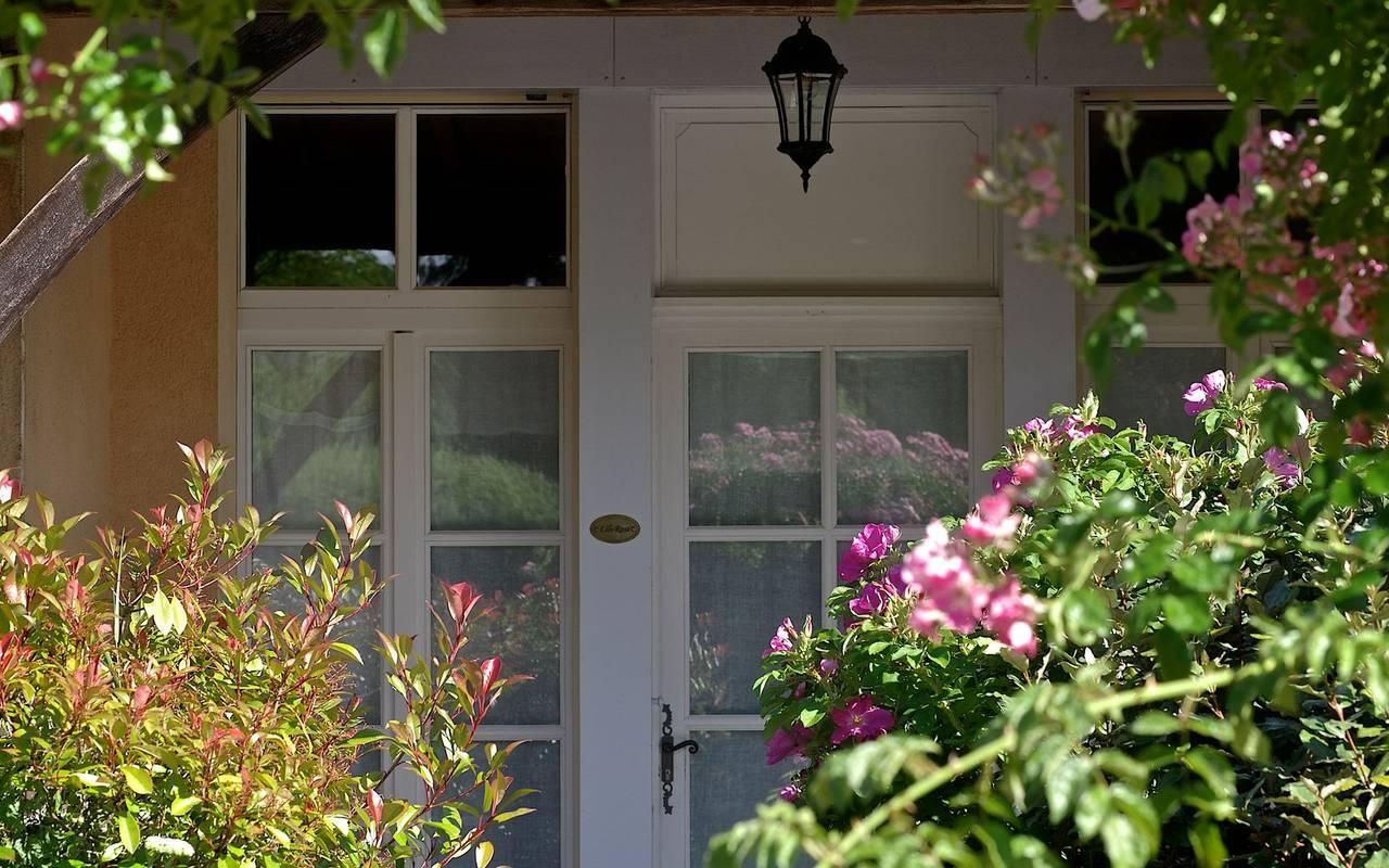 terrasse fleurs hébergement Sarlat