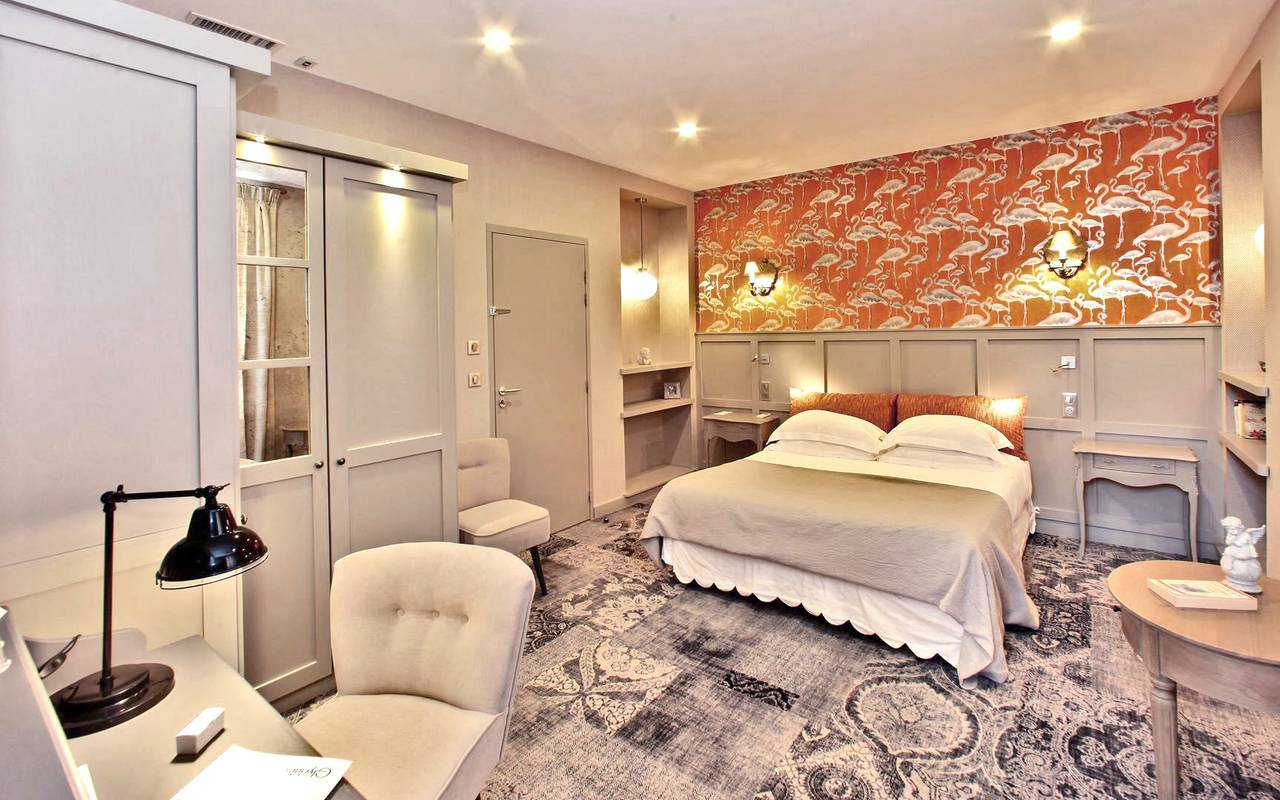 chambre originale hotel les eyzies de tayac sireuil