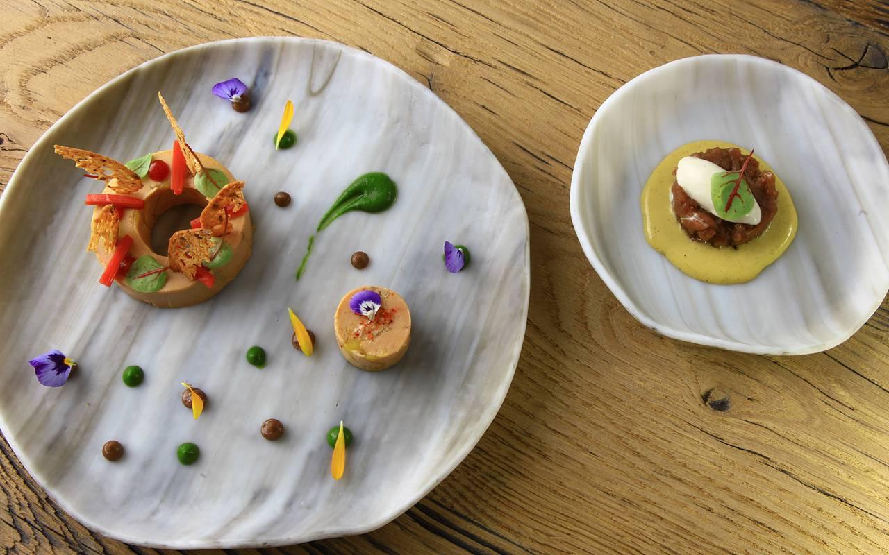 deux plats gastronomiques restaurant perigueux