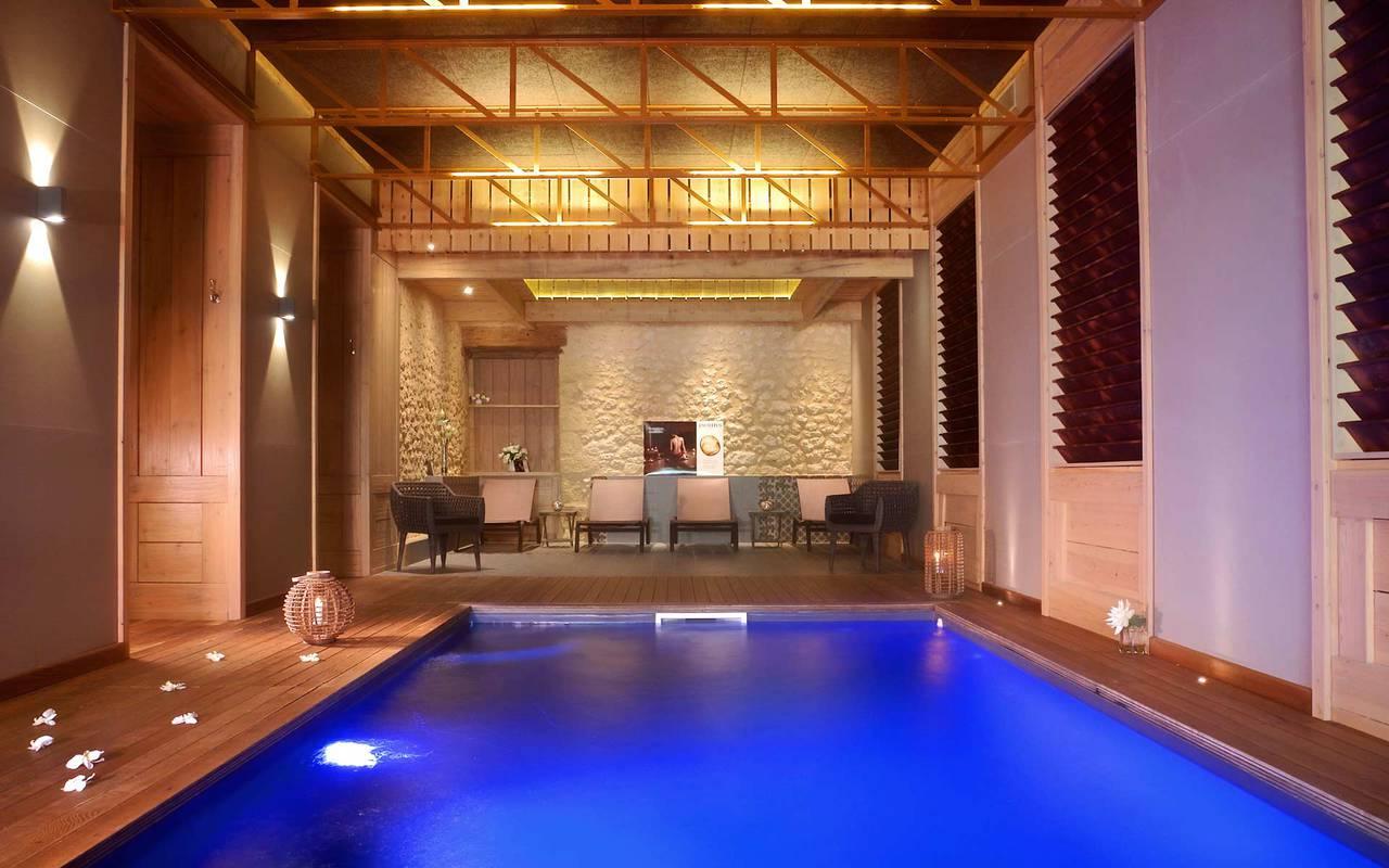 interieur design avec piscine spa sarlat