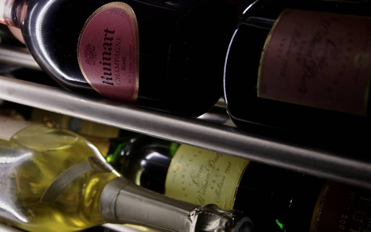bouteilles de champagne restaurant le bugue