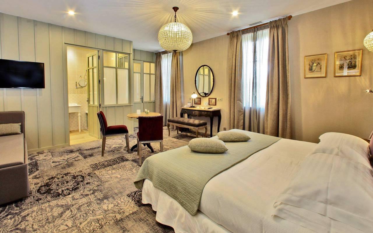 chambre décoration moderne hotel lascaux