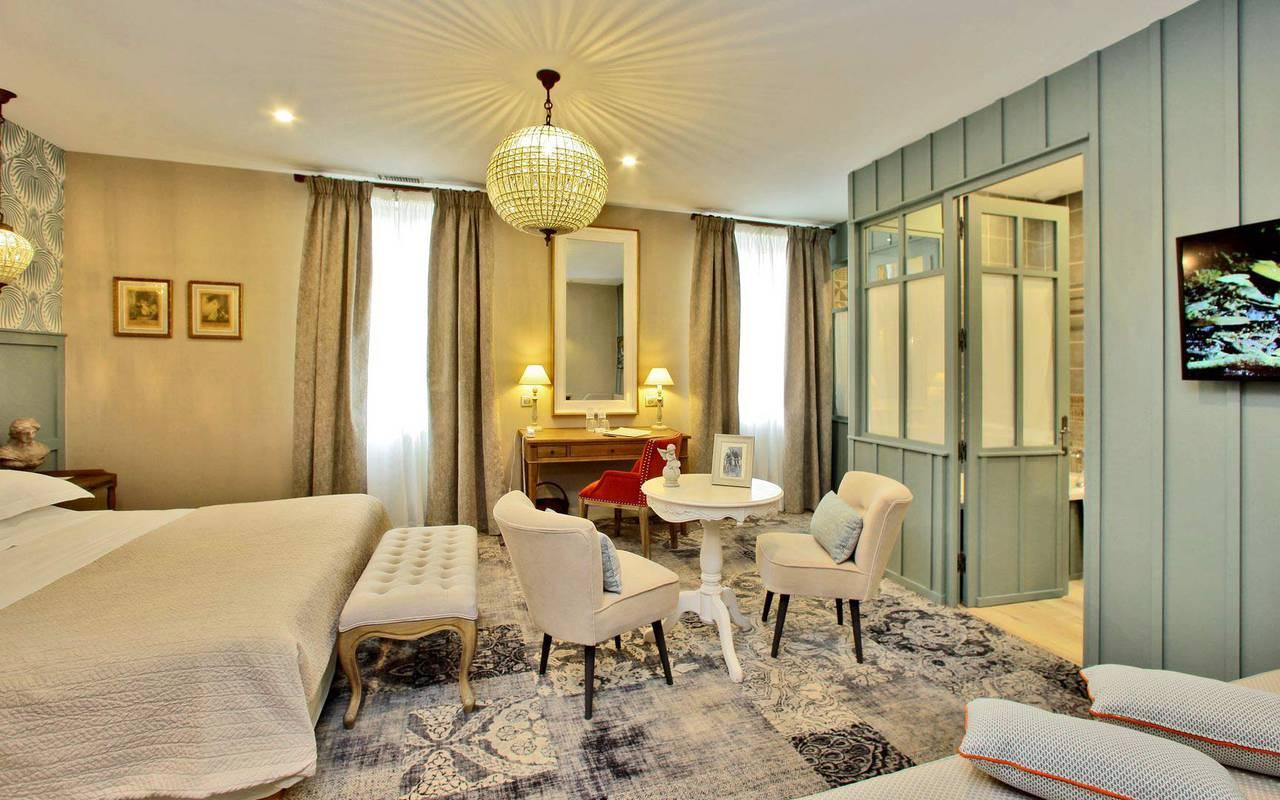 suite de luxe hotel 4 etoiles montignac