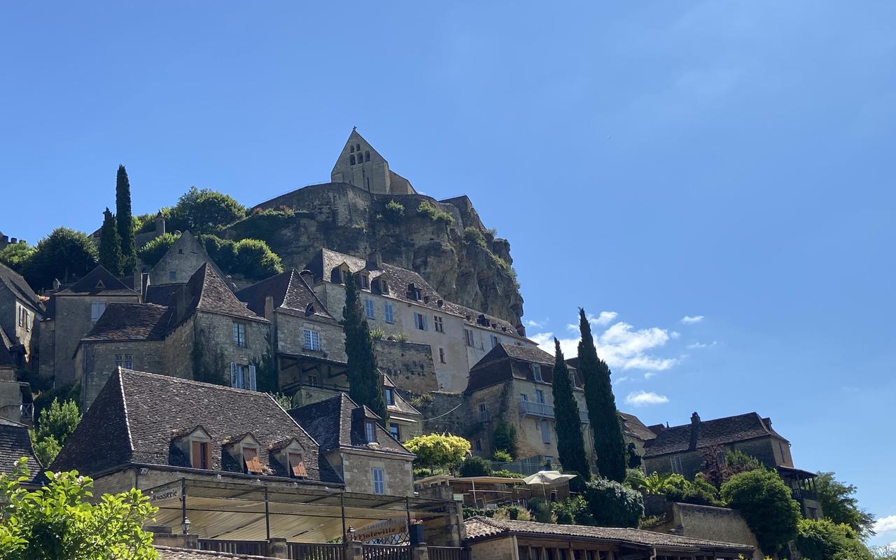 village de les Eyzes, hôtel Les Glycines, week-end Sarlat
